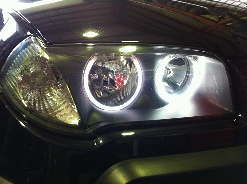 BMW X3 CCFLインストール