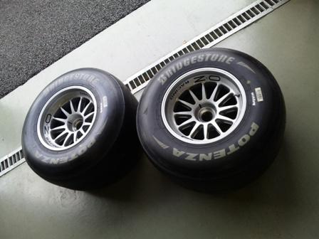 RedBull F1 ホイールバランス調整